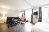 pleasant Trocadero - Sablons luxury apartment and vacation rental