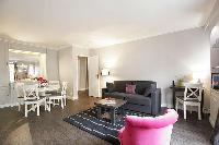 fine furnishings in Trocadero - Sablons luxury apartment