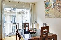 nice dining area in Trocadero - Poincare luxury apartment