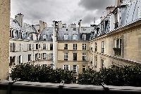 courtyard view from a 3-bedroom Paris luxury apartment