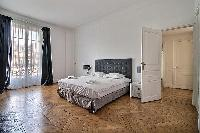 breezy and bright Trocadero - Georges Mandel luxury apartment