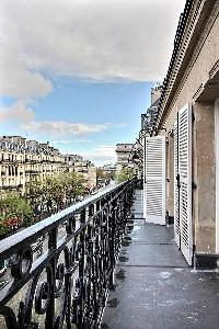 awesome balcony with a view at Ternes - Wagram luxury apartment