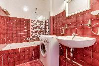 fascinating bathroom with tub in Mouffetard - Carmes luxury apartment