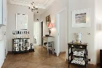 lovely 3 bed 2 bath 3-bedroom Paris luxury apartment