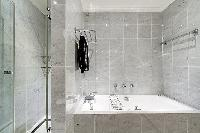 awesome tub in Trocadéro - Poincaré 3 Bedrooms II luxury apartment