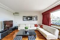 chic Trocadero - Poincaré 2 bedrooms luxury apartment and holiday home