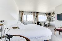 fresh bed linens in Saint Germain des Prés - Penthouse View luxury apartment