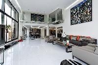 well-appointed Trocadero - Mandel 4 bedrooms luxury apartment