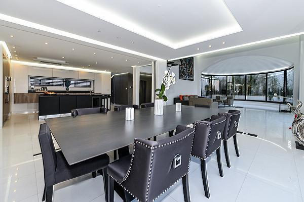 amazing Trocadero - Mandel 4 bedrooms luxury apartment and vacation rental