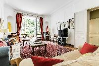 neat furnishings in Trocadero - Sheffer luxury apartment