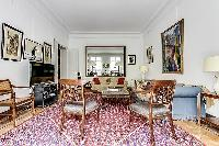 chic and cheery Trocadero - Sheffer luxury apartment