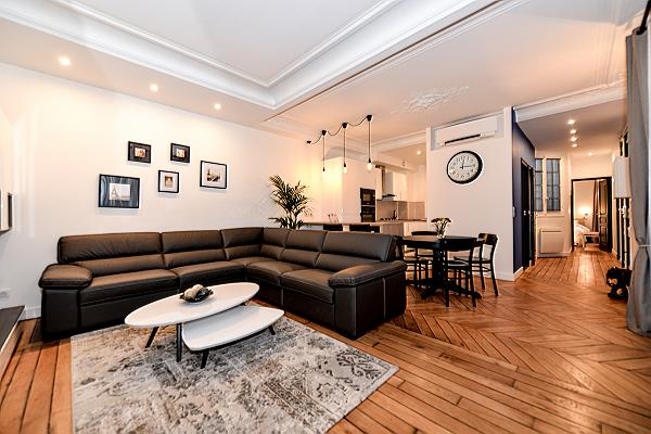 beautifully designed and decorated 2-bedroom Paris luxury apartment