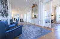 Champs Elysées - Royal Monceau 5 Bedrooms