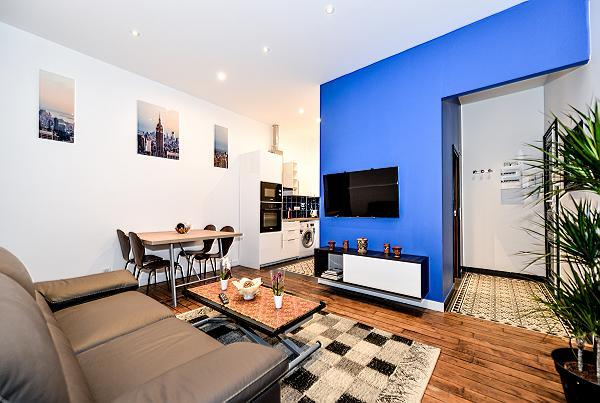 modern and chic a 1-bedroom Paris luxury apartment