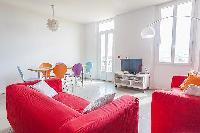 perky sofa set in Cannes - Barri luxury apartment