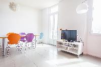 upbeat dining chairs in Cannes - Barri luxury apartment