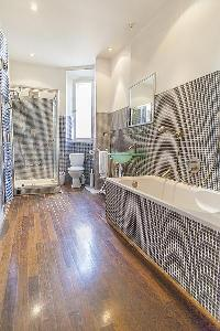 cool bathtub and shower in Cannes - Carnot luxury apartment