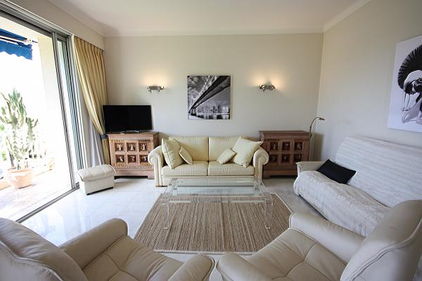 charming Cannes - Les Dunes luxury apartment and holiday home