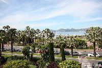 vibrant neighborhood of Cannes - Les Dunes luxury apartment