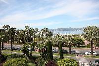 vibrant neighborhood of Cannes - Les Dunes luxury apartment