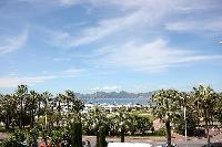 cool surroundings of Cannes - Les Dunes luxury apartment