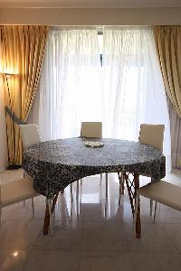 pretty dining room of Cannes - Les Dunes luxury apartment
