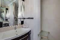 cool lavatory in Cannes - Mahtari luxury apartment