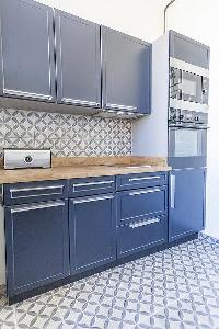 nice kitchen cabinets in Cannes - Pere Muret luxury apartment