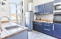 well-appointed kitchen of Cannes - Pere Muret luxury apartment