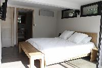 fresh and clean bedding in Cannes - Les Moufflets luxury apartment