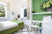 fresh and clean bedding in Villa Dei D'Armiento luxury apartment