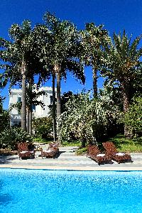 lush and lovely surroundings of Villa Dei D'Armiento luxury apartment