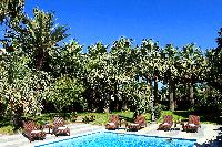 lovely and lush surroundings of Villa Dei D'Armiento luxury apartment