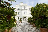beautiful Villa Dei D'Armiento luxury apartment and vacation rental