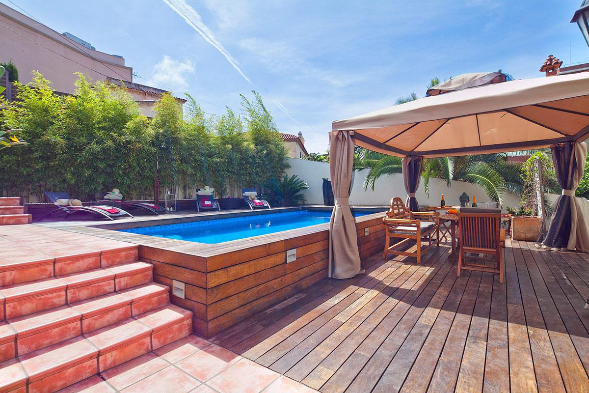 marvelous Villa Victoria Barcelona luxury apartment with swimming pool and cabana