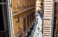 vibrant neighborhood of Rome - Spanish Steps Charming Lucina luxury apartment