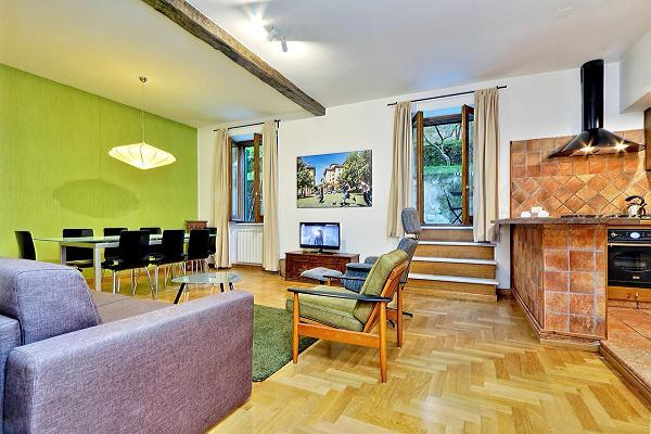 chic Rome - Trastevere Dandolo luxury apartment and holiday home