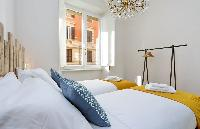 fresh and clean bedroom linens in Rome - Charming Dante 3BR luxury apartment
