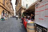vibrant neighborhood of Rome - Trevi Fo luxury apartment