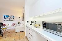 awesome interior elements of Rome - Trevi Fo luxury apartment