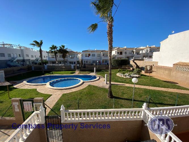 La Cinuelica R3 1st flr apt, roof terrace, pool L129