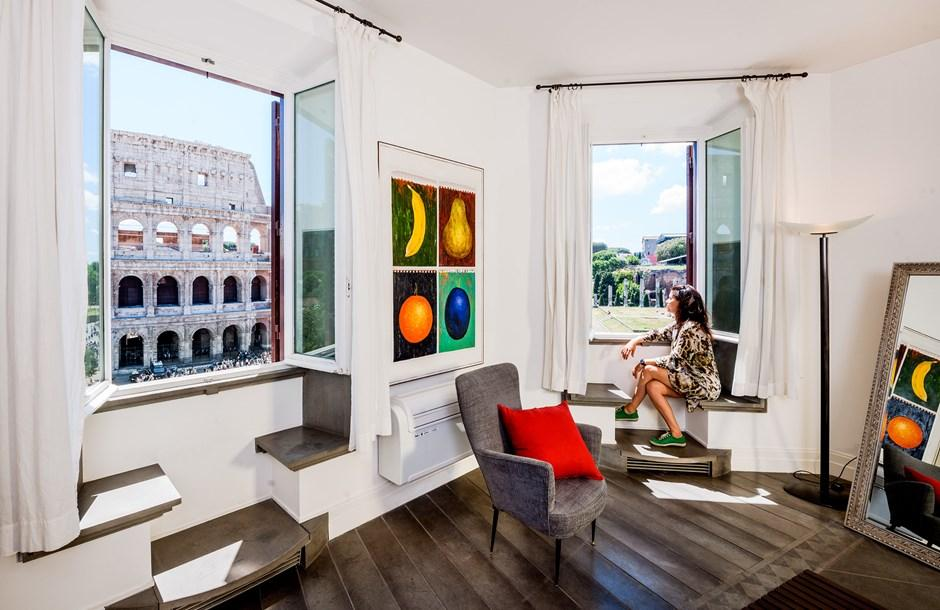 beautiful Rome - Colosseum View 5BR luxury apartment and vacation rental