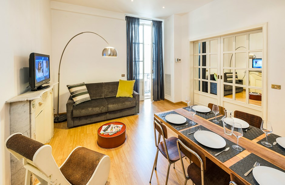 beautiful Rome - Cavour Colosseum luxury apartment and holiday home