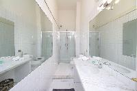 neat and fresh bathroom of Rome - Cavour Colosseum luxury apartment