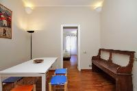 well-appointed Rome - Cavour Colosseum luxury apartment