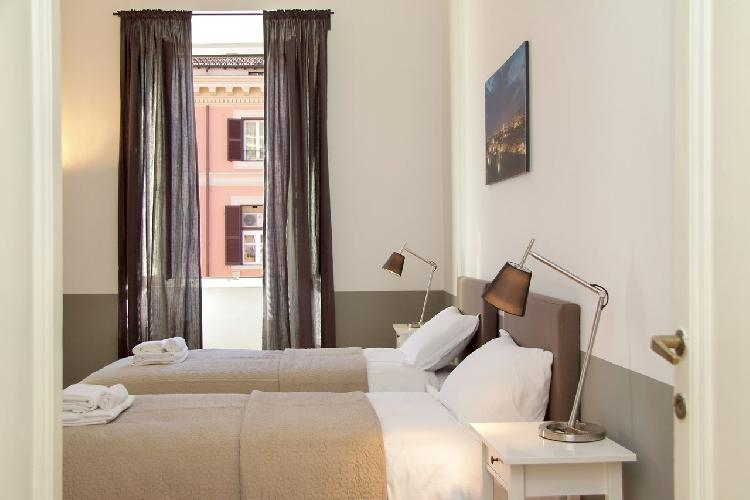 awesome Rome - Cavour Colosseum luxury apartment and vacation rental
