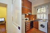 well-appointed Rome - Colosseum 2BR luxury apartment