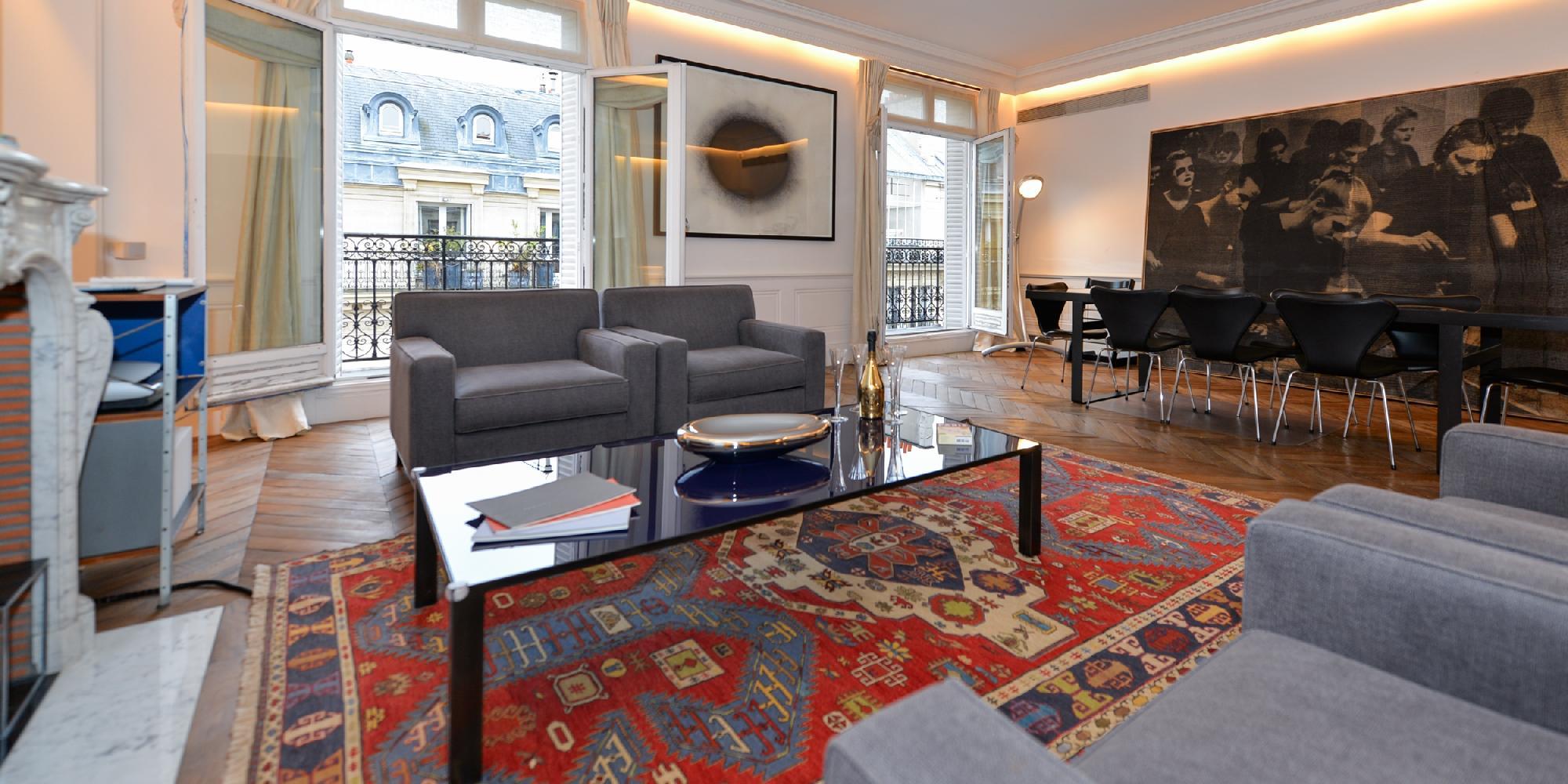 Champs Elysées - Boccador 5 Bedrooms