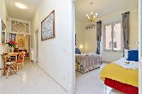 nice interiors of Rome - Charming Vatican Museums 3BR luxury apartment