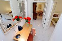 neat interiors of Rome - Charming Vatican Museums 3BR luxury apartment